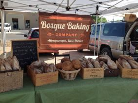 Bosque Baking Company at the growers' market. Photo by Kenneth Chavez