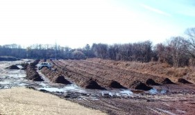 http://www.yuckyducky.com/composting/aerated-turned-windrow-composting/