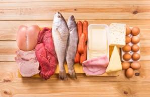https://www.aarp.org/health/healthy-living/info-2017/vegetables-fruit-diet-fd.html